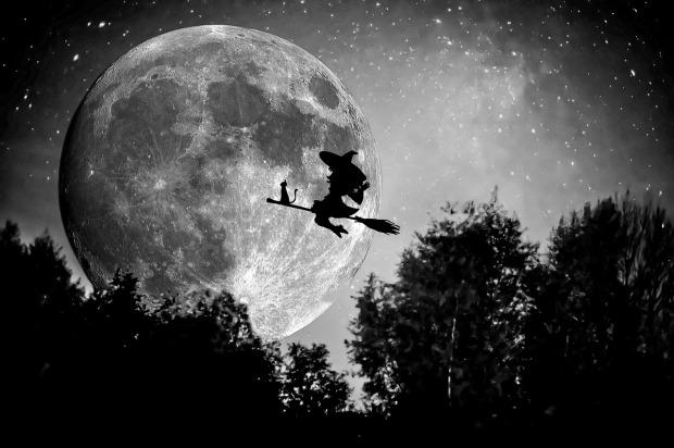 witch-949055_1280